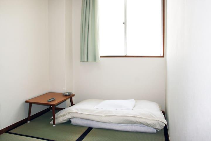 ホテル加賀喫煙和室6室no1