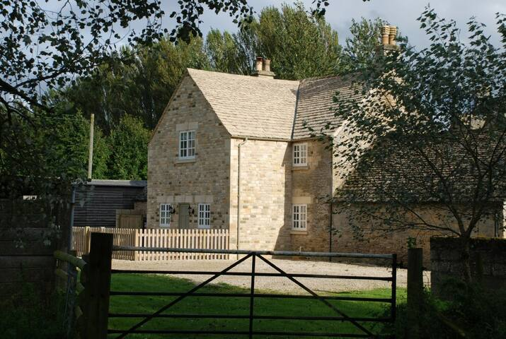 Hyde Mill Cottage