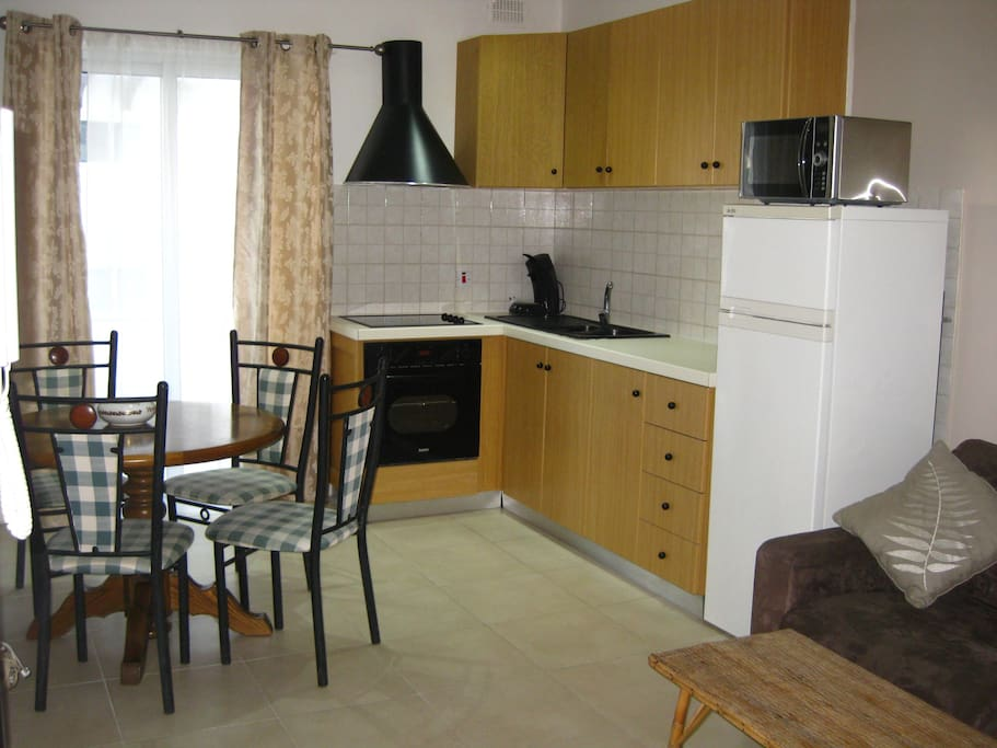 Central 1 Bedroom Wifi A C Qawra Apartments For Rent In Saint Paul 39 S Bay Malta