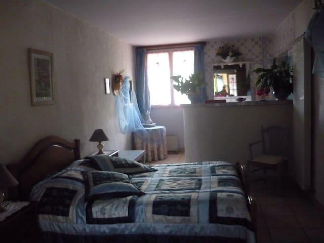 Chambre d'hôtes Églantine - Pey