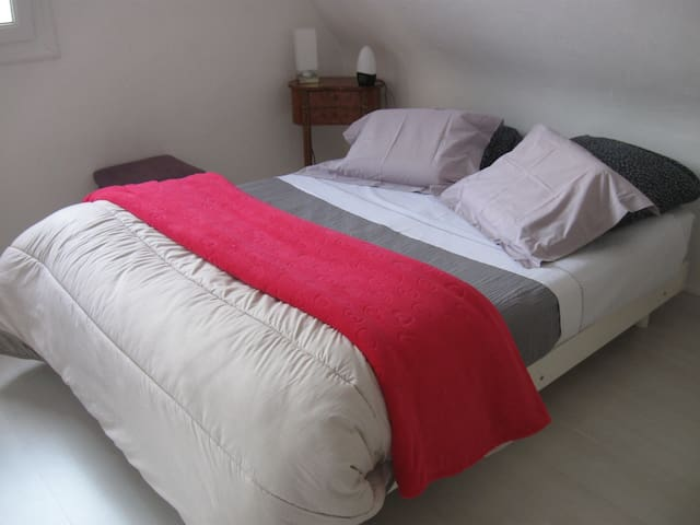 One bedroom in a cottage 5mn - Saint-Malo - Huis