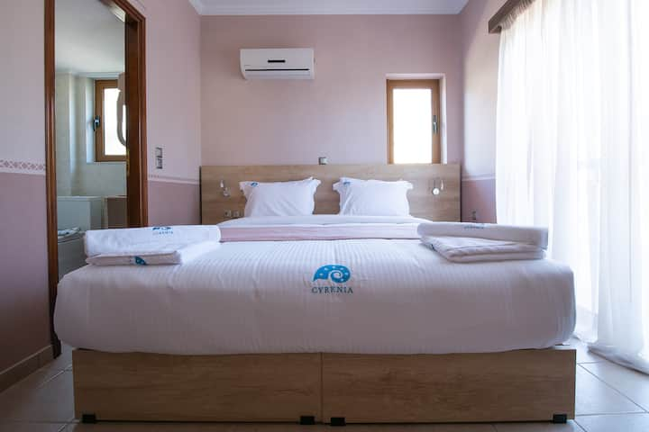 Cyrenia | Double/Twin Room with Partial Sea View