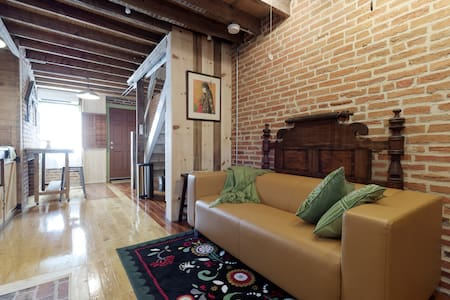 Charming Historic Brick Home 1870's - Baltimore - Hús