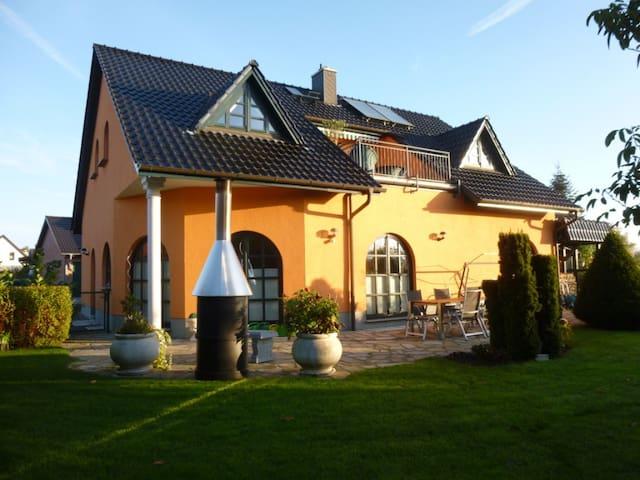 Einfamilienhaus/Villa am Inselsee - Güstrow - Villa