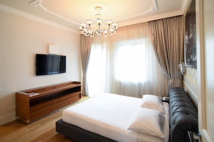Suite Milano & Duomo Large double  Room