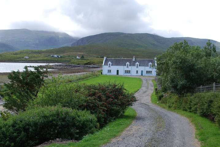 Tarbert Cottage in Aline Estate - Stornoway - Huis