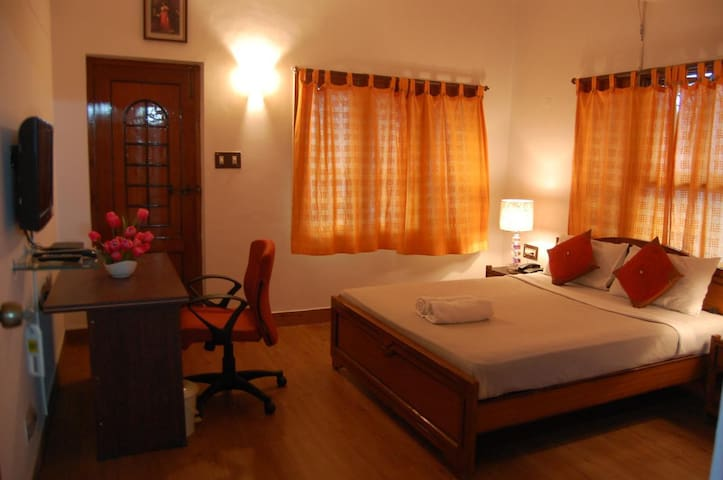 In the heart of vizag,yet tucked in a quiet corner - Visakhapatnam - Maison