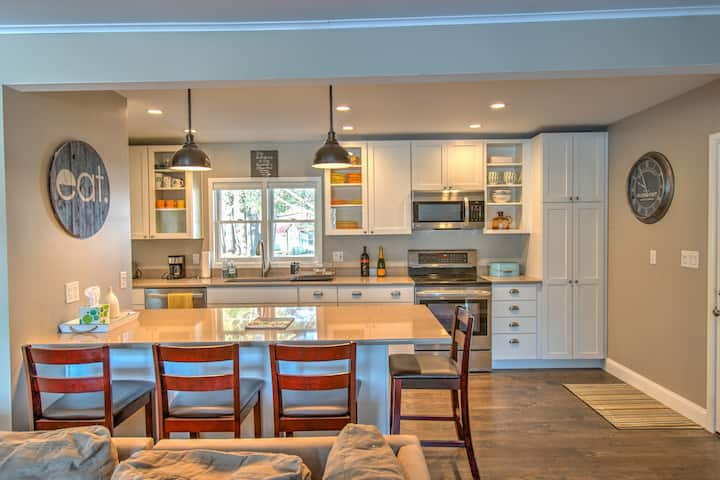 Exquisite, private home close to All-Star Village