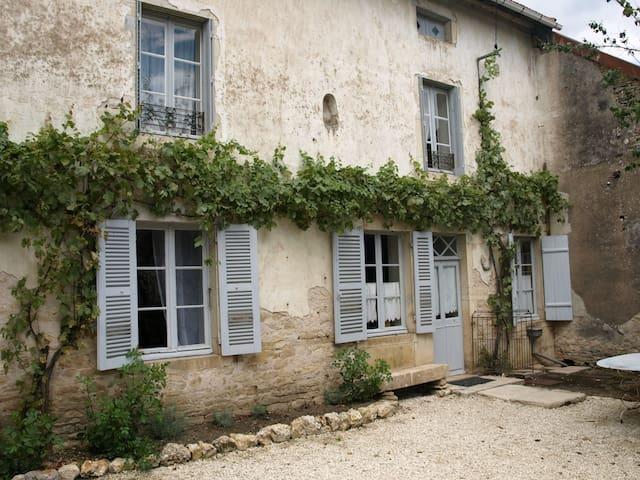 Gite - Saint-Seine-sur-Vingeanne - House
