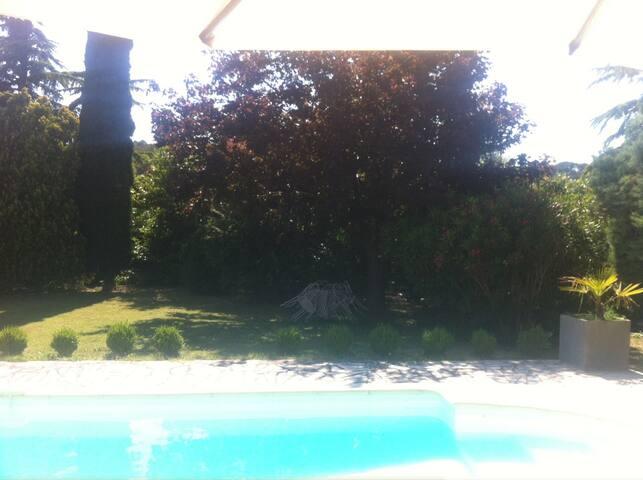 Appartement de 50m2,jardin, piscine
