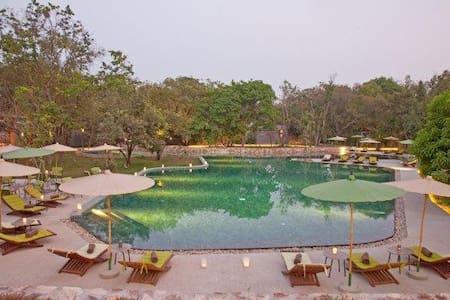 Wonderful pool suite in Angkor - Ház