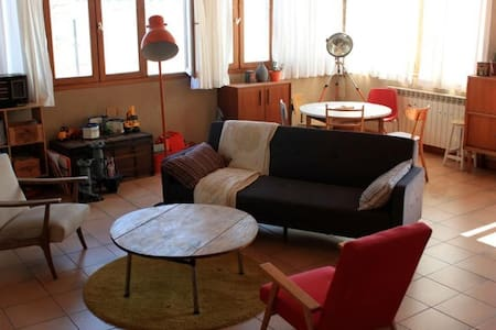 Appartement loft de caractère - Byt