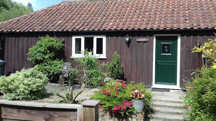 Pinewood Cottage in the heart of North Norfolk