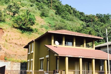 Lake View Fully Furnished 3BR Villa - Lavasa