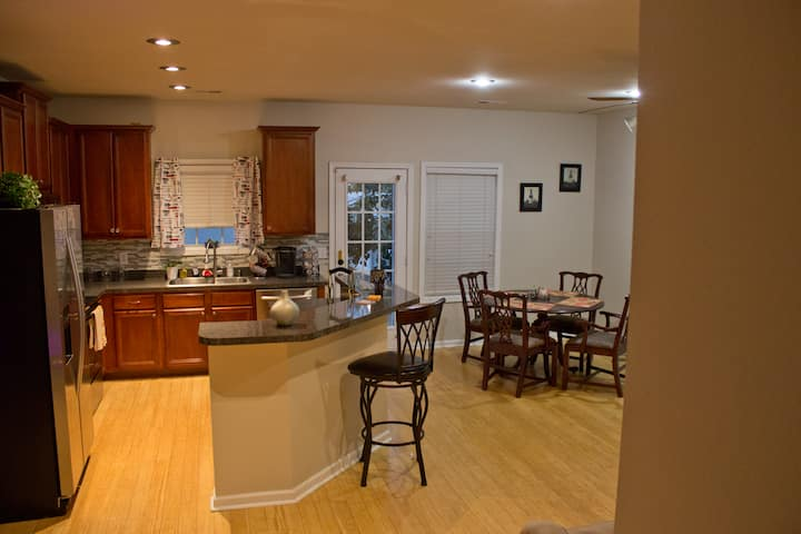 Comfy 3BR/2.5BA Town House in Braselton