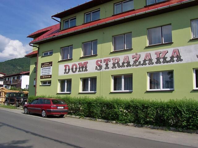 Hostel nad Jeziorem pokój nr 101 - Międzybrodzie Żywieckie - Hostal