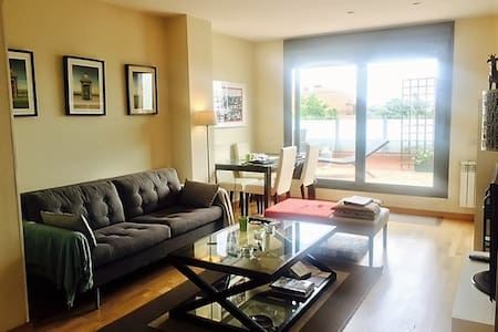 Bright Sunny 2 bedrooms Penthouse Madrid! - Las Rozas - Квартира
