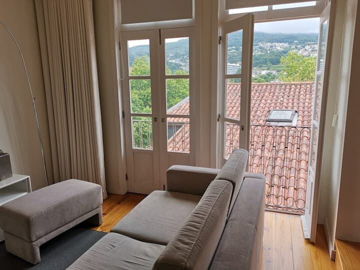 Mezzanine Apartment in the heart of Guimarães