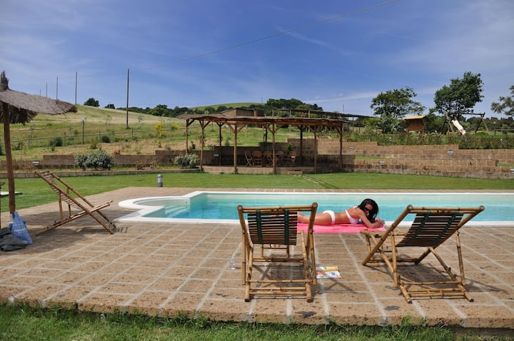 Countryside apartment with pool near Grosseto