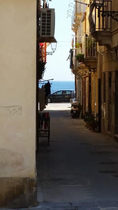 Il mare dall'appartamento