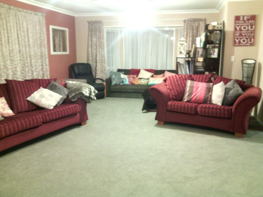 Spacious comfy lounge with TV & DVD player