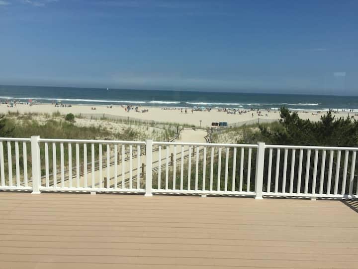 6601 Pleasure Ave Ocean Front BeachHouse, 5BR, 4BA