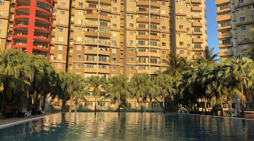 Heza Straits Villa - 6 Beds Seaview Condo