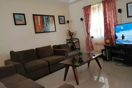 DBA's elegant, clean & cozy abode to stay