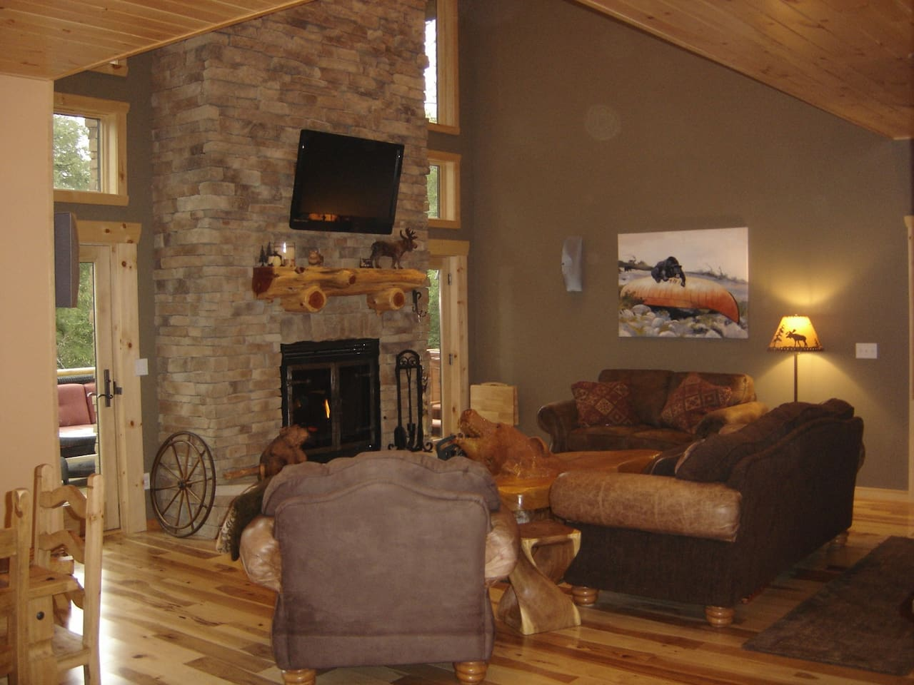 lazybearlodge secluded u0026 green xterior fireplace nature lodges