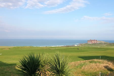 'Little Fistral' perfect for family and surf hols!