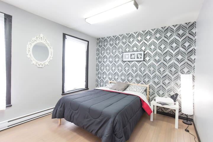 Bright 2 Bedroom Apartment - 1100 sq.ft Downtown - Ottawa - Appartement