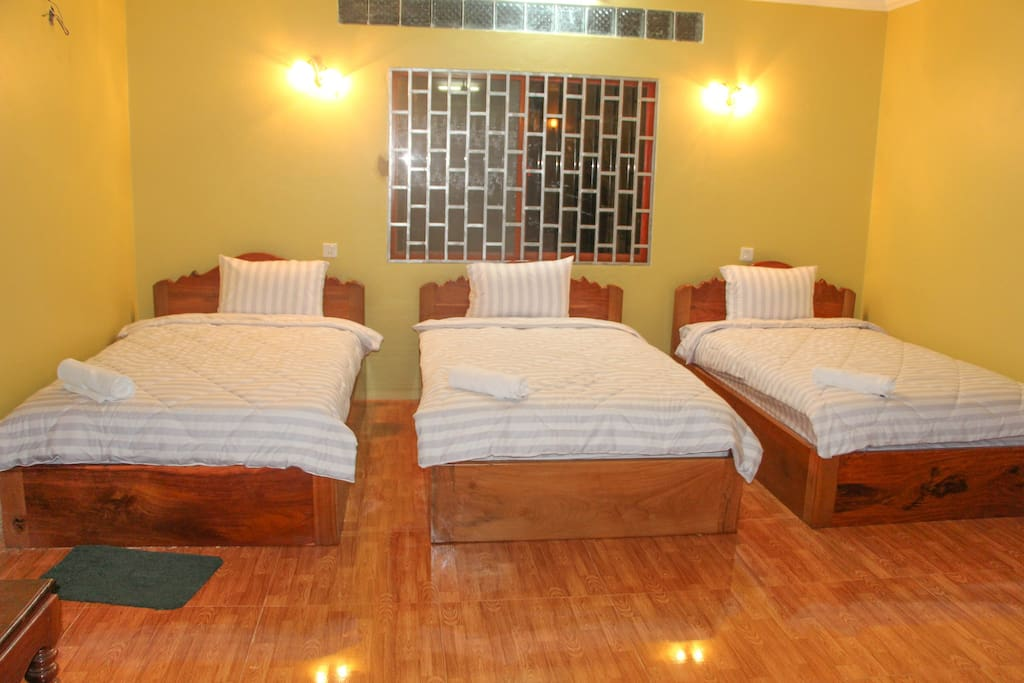 Share bed, Dormitory 6 bed with bathroom and toilet separate