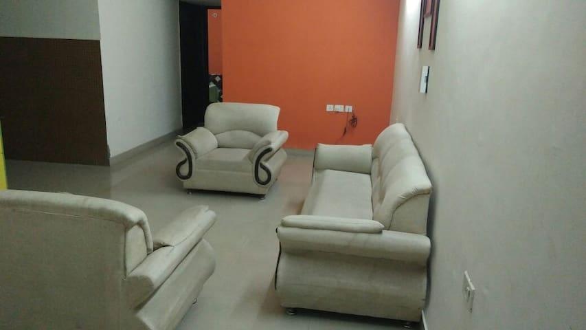 Dmosk Service Apartment (Antriksha Full Apartment)