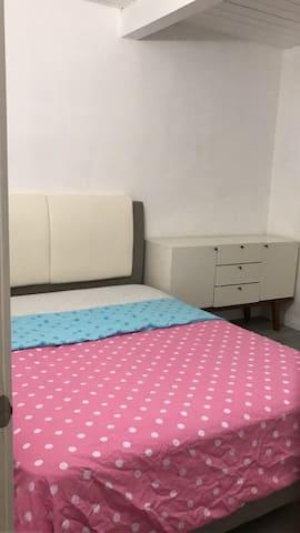 El Monte comfort room (舒适小屋2)