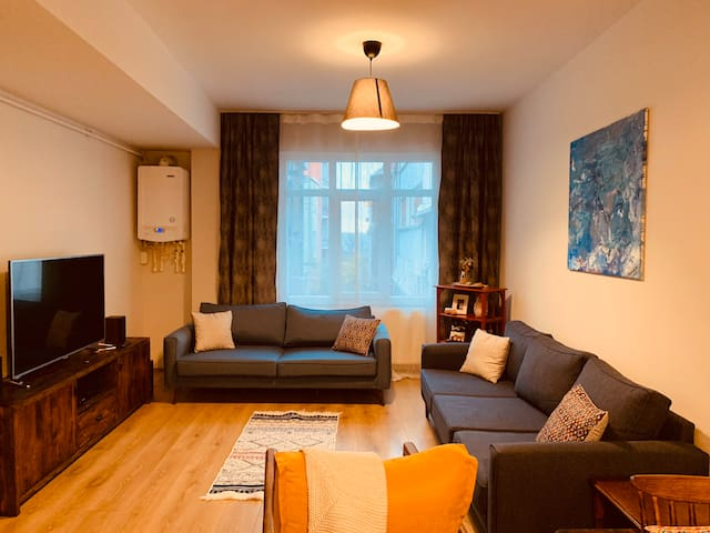 Your cozy room by Taksim/İstiklal :)