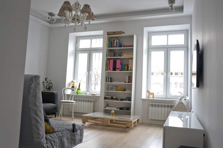 87m2 Apartment in the heart of Warsaw - Center
