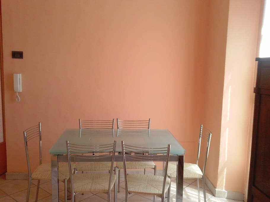 Dining room/ sala da pranzo