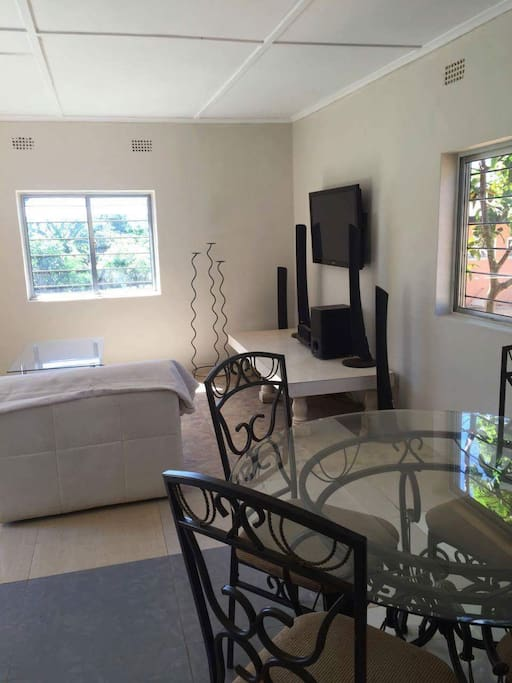 The Cottage - Apartments for Rent in Solwezi, Northwestern