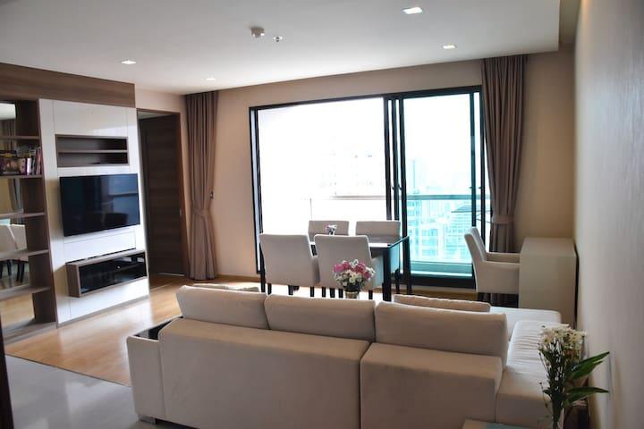 Luxus apartment with pool/Gym, WiFi, BTS - Bangkok - Apartment