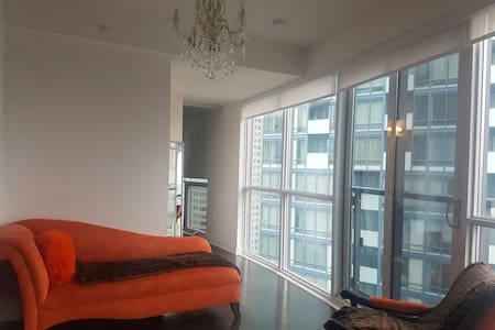 Gorgeous Views in the Heart of DT - Toronto - Wohnung