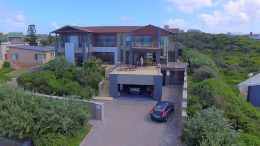 Seal Bay Villa