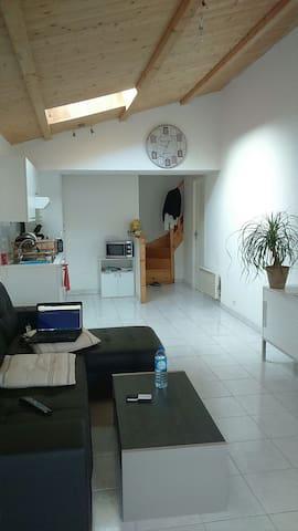 """Appartement 15"""" la Rochelle - Croix-Chapeau - Appartement"""