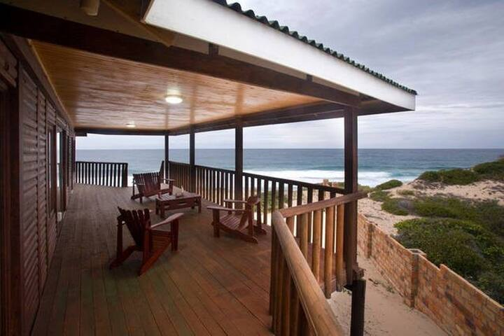Private home on Tofo Beach - Tofo Beach - Huis