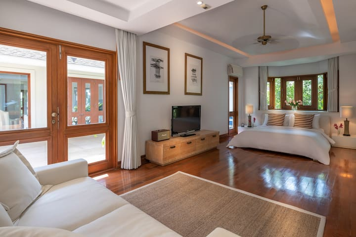 Villa Macaque Luxury Junior Suite 1