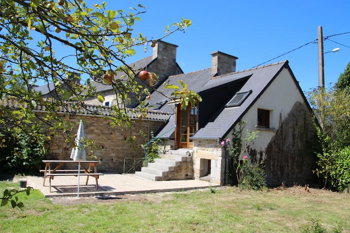 Gîte campagne bretonne, mer à 25 km - Plédéliac - Nature lodge