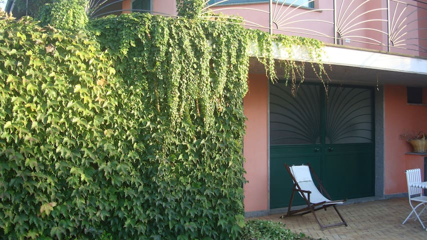 Lake view flat with pool - Bracciano - Huoneisto