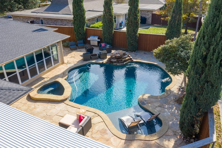 Stylish 4Beds 3beth home with  heated Pool&Spa