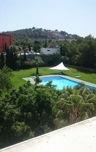 Habitación con aseo(2p)15m Ibiza,disco y calas - Santa Eulària des Riu