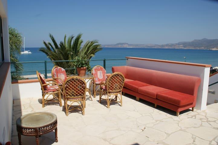 Villa devant la plage - Sitia - Appartement