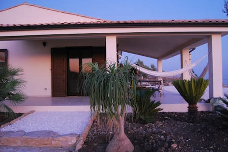 Casa delle Nache, Villa vista mare - Eraclea Minoa